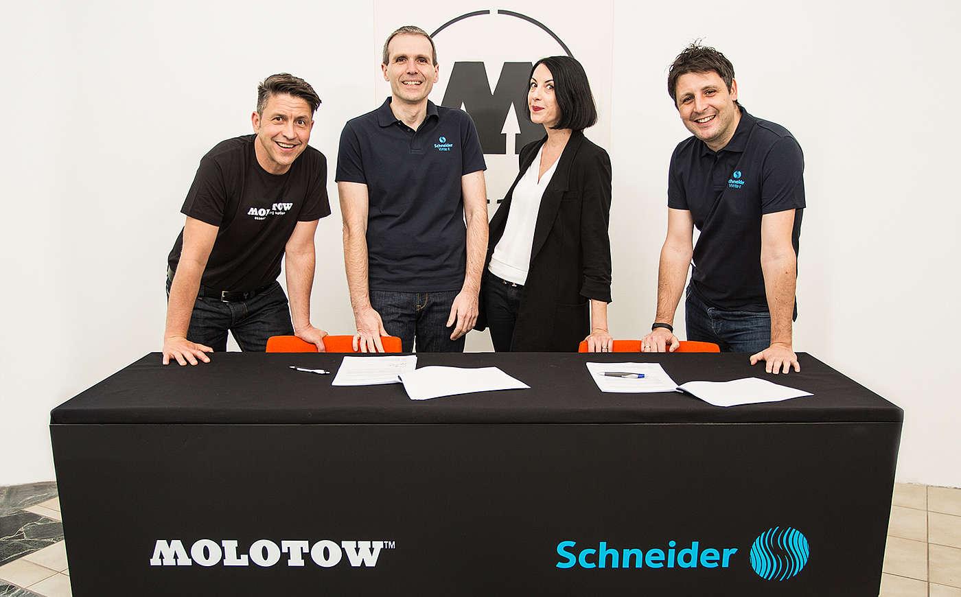 MOLOTOW x SCHNEIDER - právoplatní partneři