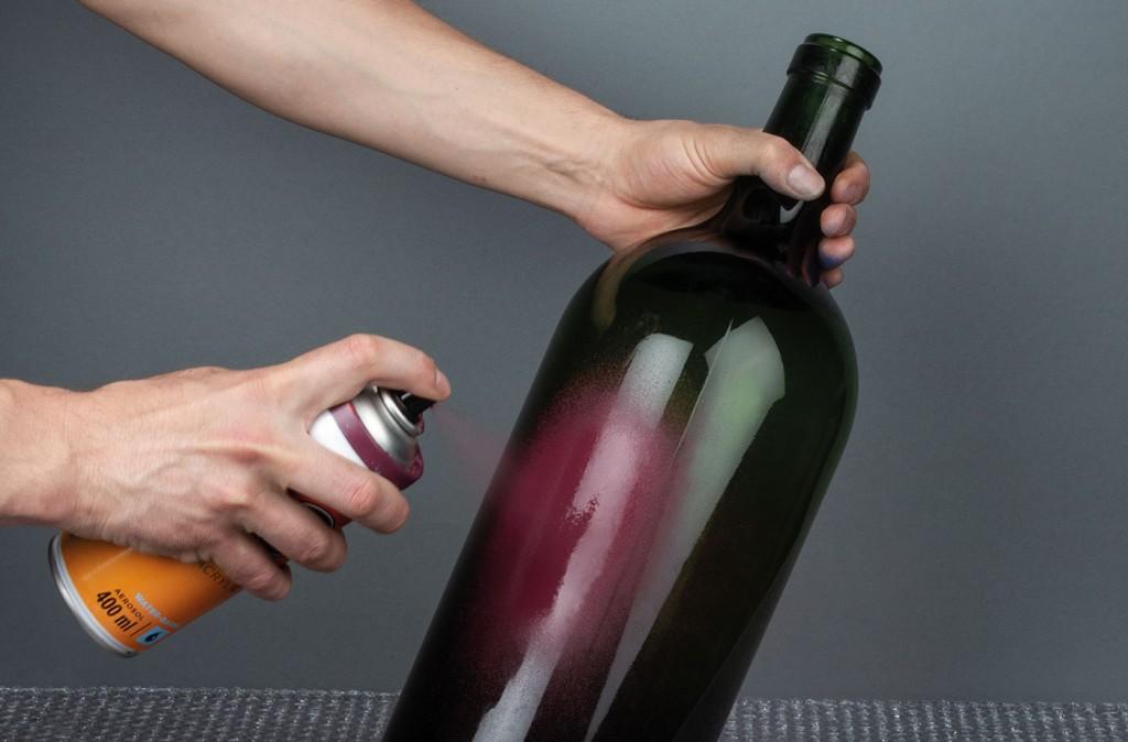 ONE4ALL sprej lze použít přímo na sklo
