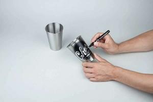 Použití fixy Liquid Chrome na leštěný hliník