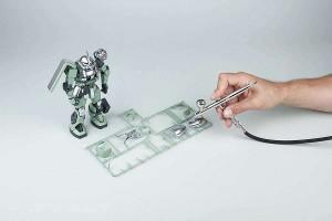 Použití barvy Liquid Chrome pomocí airbrushe na modelářské plasty