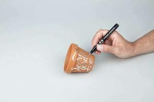 Použití fixy Liquid Chrome na pálenou hlínu - terakotu