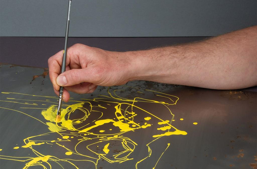 Akrylickou barvu ONE4ALL lze používat se štětcem