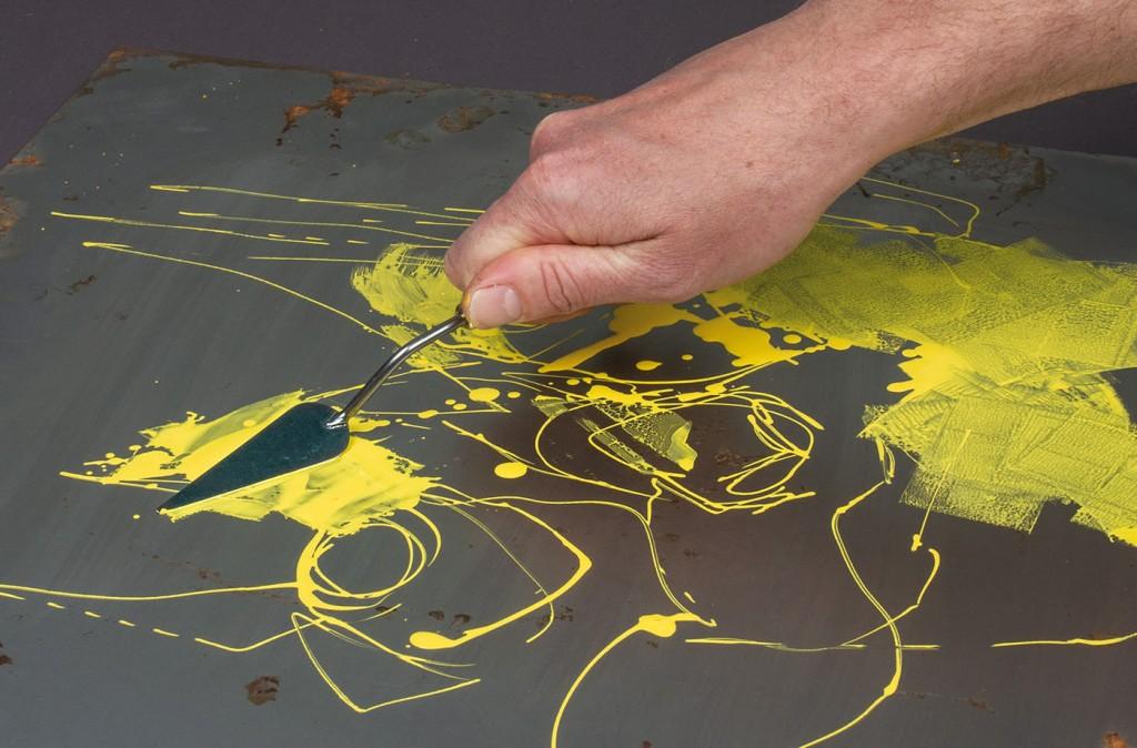 Akrylickou barvu ONE4ALL lze zpracovávat malířskou špachtlí