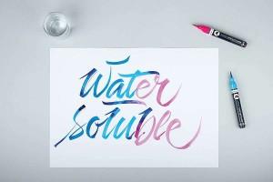 MOLOTOW Aqua Pump Softliner s jemným štětcovým hrotem je ředitelný vodou