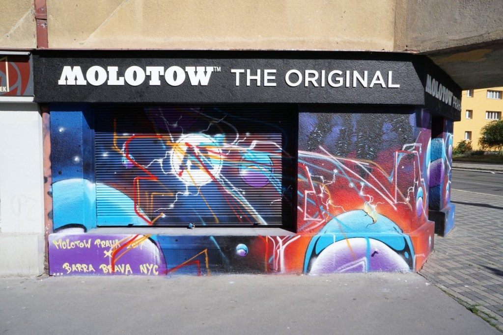 Molotow Praha x POIS 811 sketching